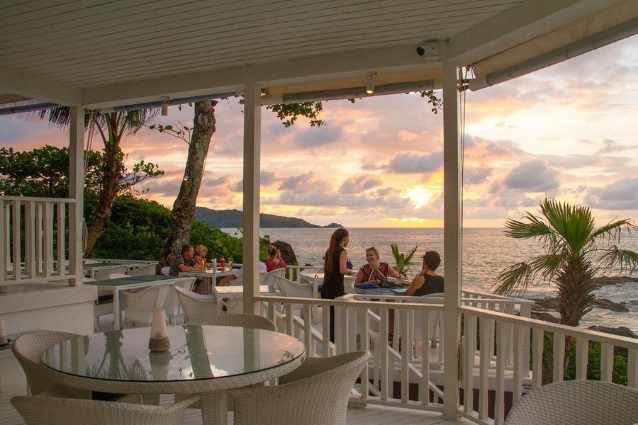 Holiday Inn Patong Beach Phuket Resort Booking Com