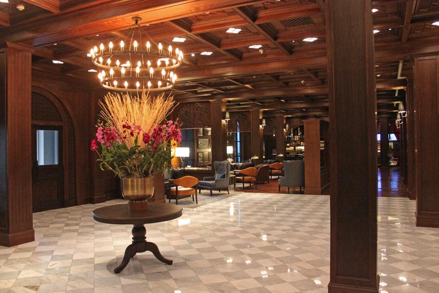 metropole-bangkok-thong-lor-hotel-lobby