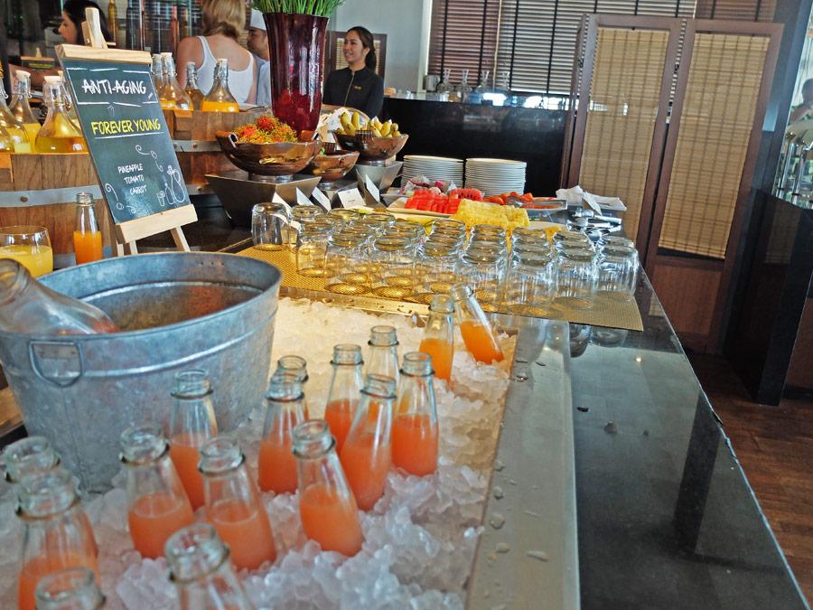 vie-hotel-bangkok-mgallery-by-sofitel-juice-bar
