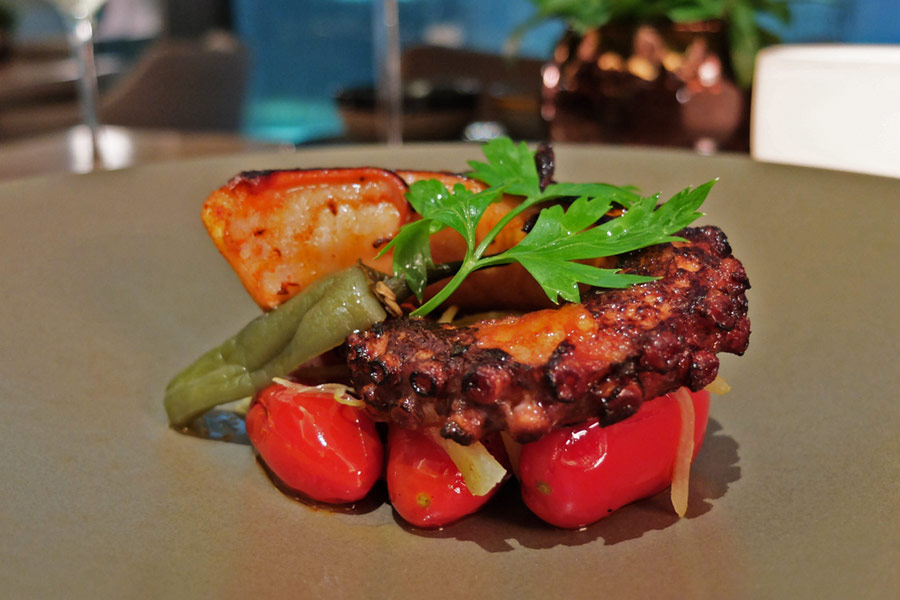 artemis-grill-raffles-place-restaurants-grilled-octopus