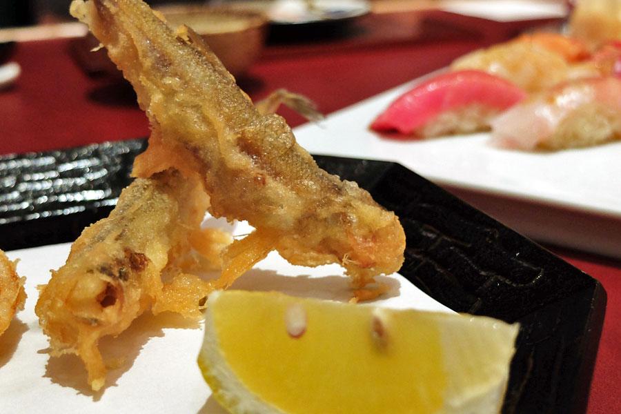 nami-japanese-restaurant-shangrila-singapore-smelt-tempura