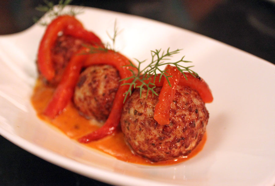 little-beast-thonglor-chicken-meatball-stuffed-with-cheese-preview