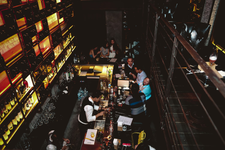 rabbit-hole-thonglor-welcomes-the-most-happening-speakeasy-bar-interiors.jpg
