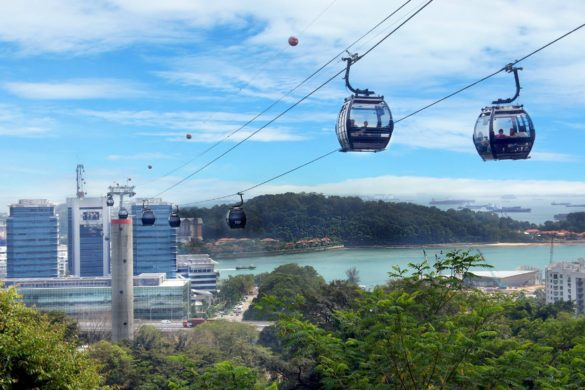 sky-dining-experience-on-the-singapore-cable-car-3